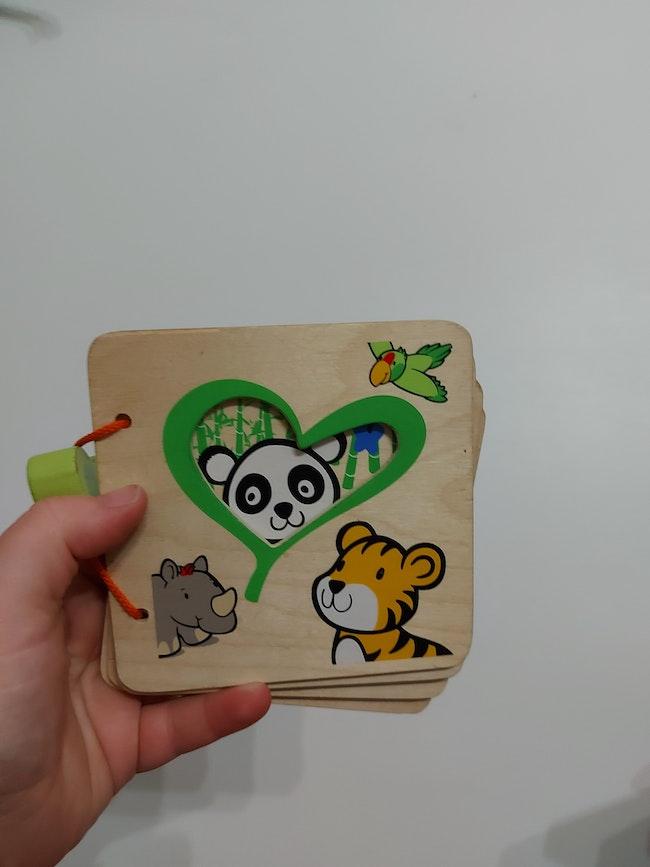 Libre en bois