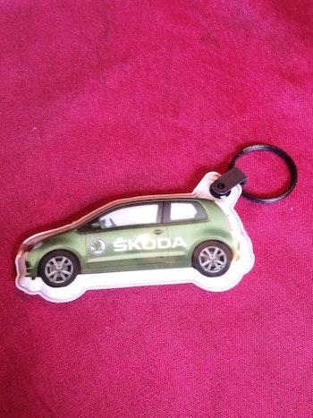 Porte-clefs voiture verte