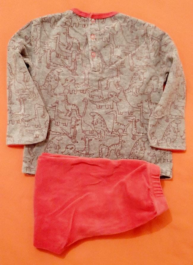 Pyjama rouge et gris