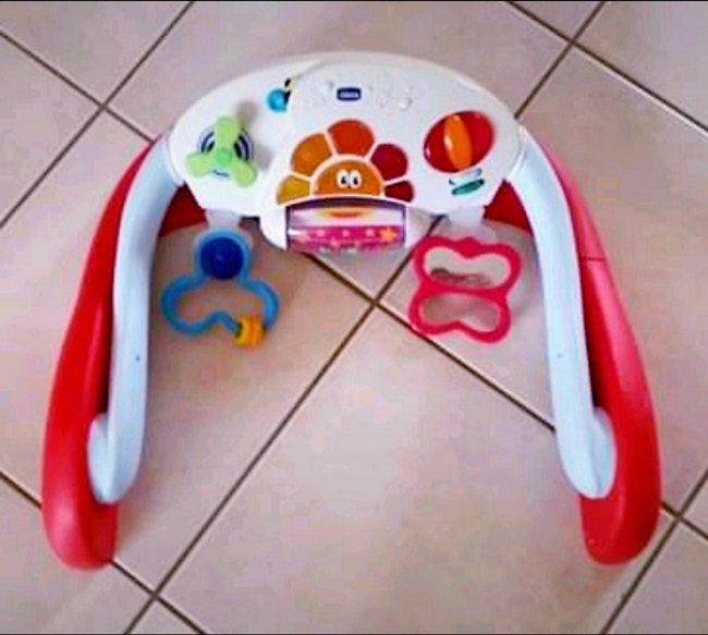 Portique baby gym chicco