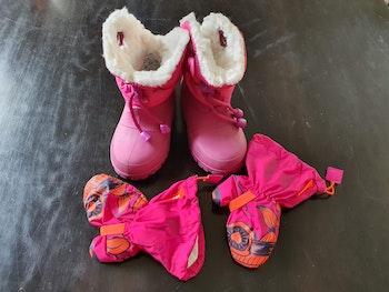 Snow boots / moufles