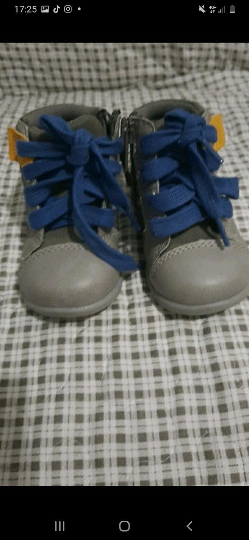 Chaussurs absorba