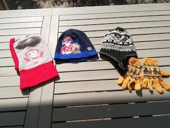 Lot bonnets 3 à 5 ans