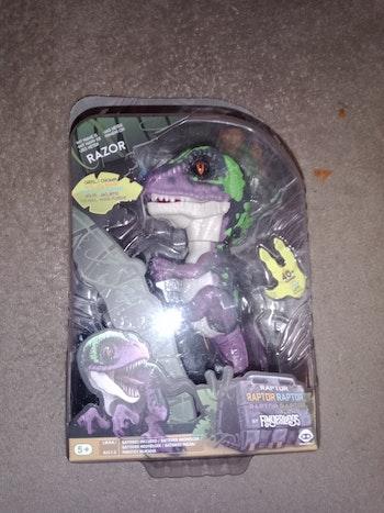 Fingerlings dinosaure