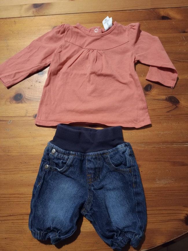 Ensemble jeans et maillot 0-1 mois