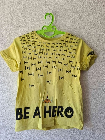 tee-shirt jaune Star Wars Disney