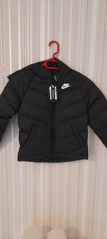 Nike t. 122.128