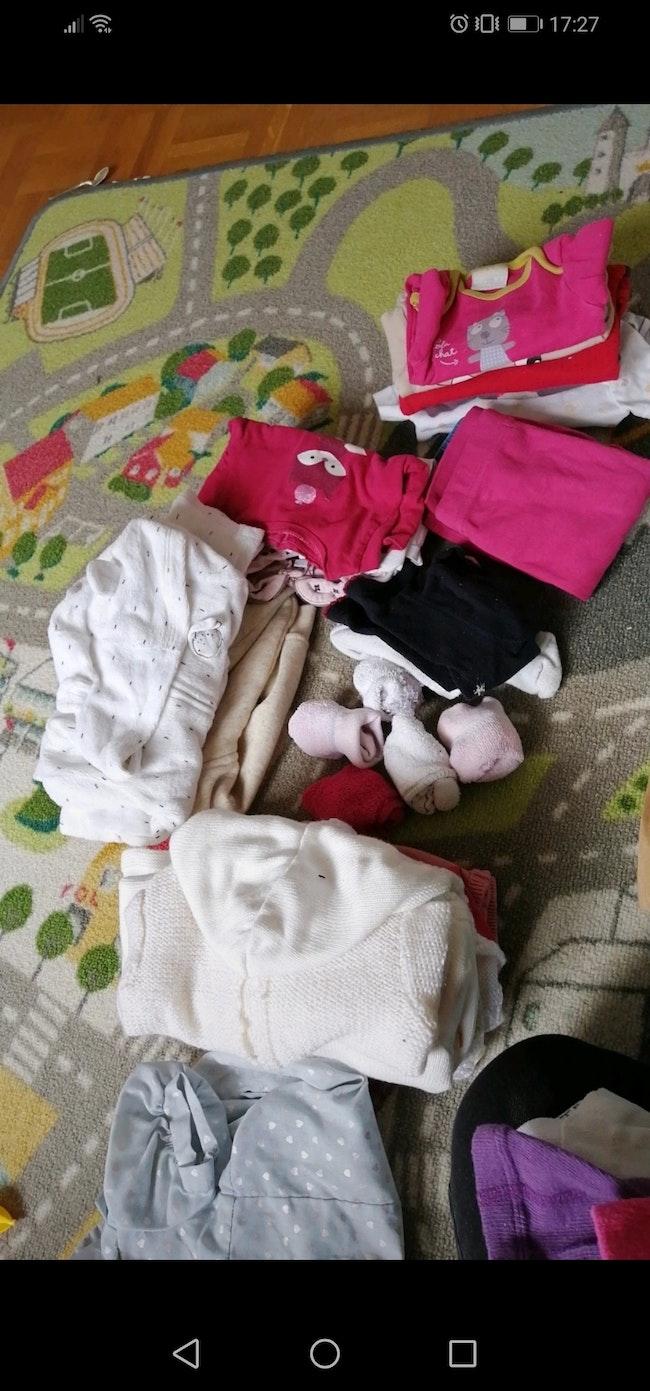 Lot vêtements bébé fille