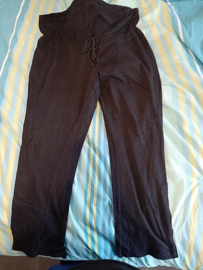 Pantalon noir de grossesse