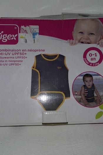 Combinaison anti UV bébé
