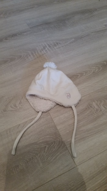 Bonnet fourré