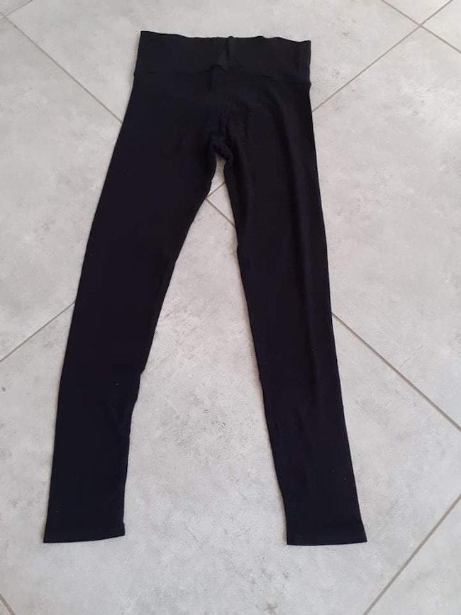 Pantalon de grossesse en très bon état taille M