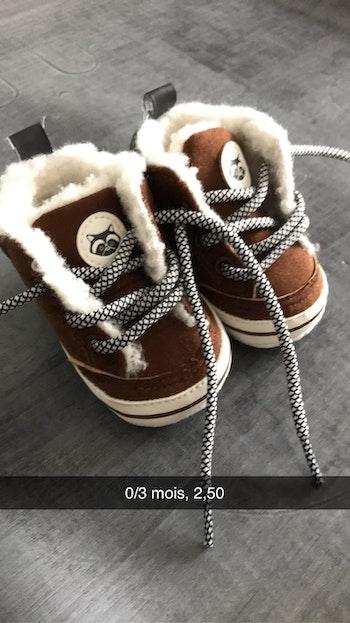 Chaussure fourrée 0/3 mois