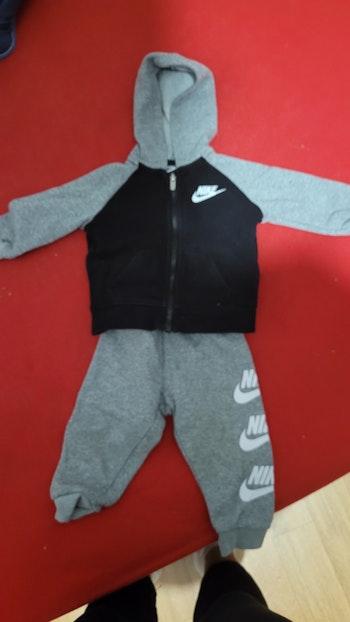 Jogging bébé nike