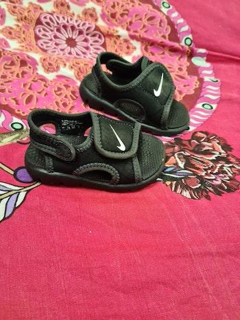 Sandalettes  3 mois