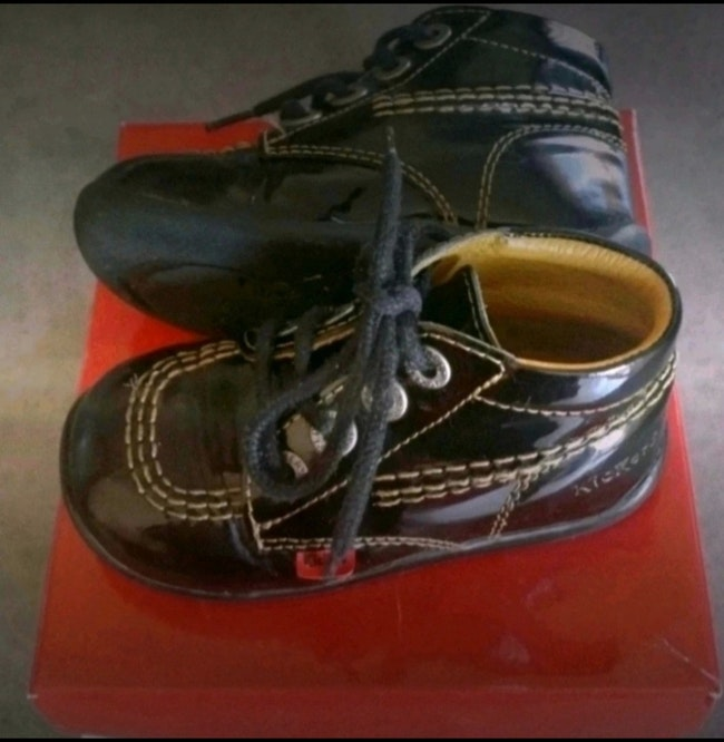 Chaussures kickers pointure 23