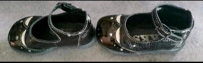 Chaussures pointure 20 ikks