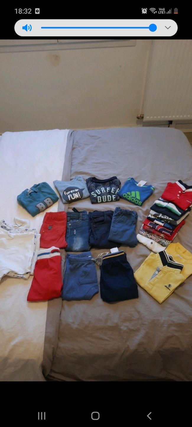 Lot vêtements 12 mois