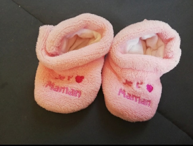 Chausson fille taille 3/6 mois