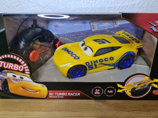 voiture cars rc turbo racer dinoco cruz Disney