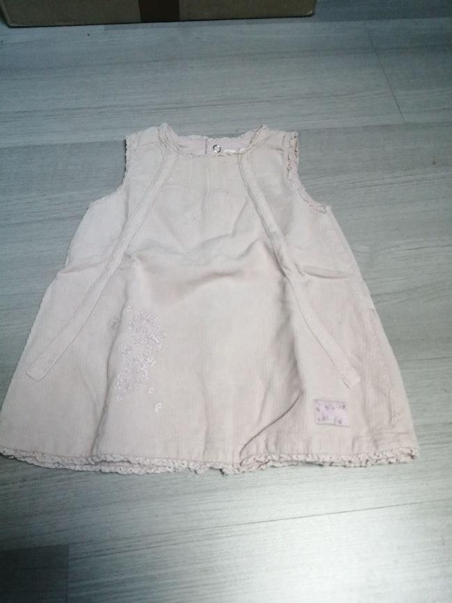 Robe en velours rose pâle 3 mois