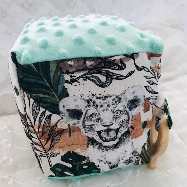 Grand Cube d'éveil bébé