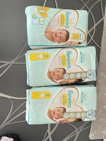 3 paquets de couches
