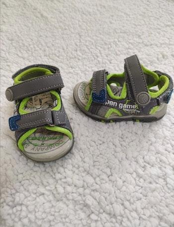 Sandales cuir 19