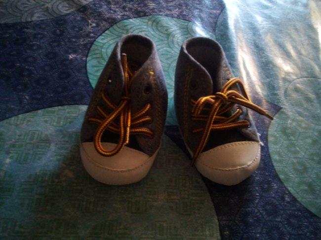 Chaussures bébé 0/3 mois