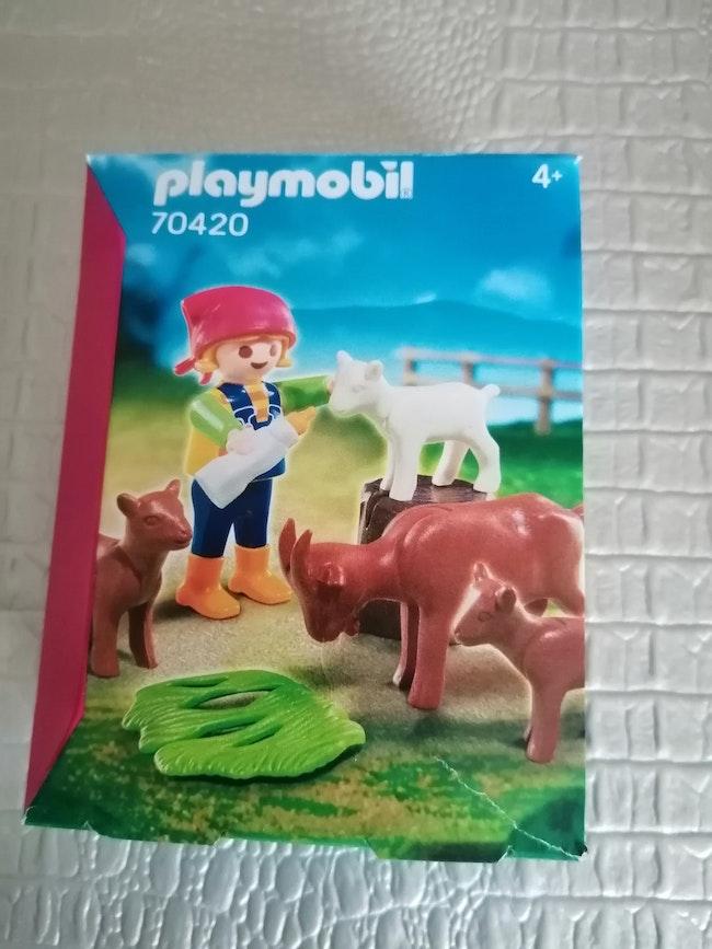 Playmobil éleveuse de chevres