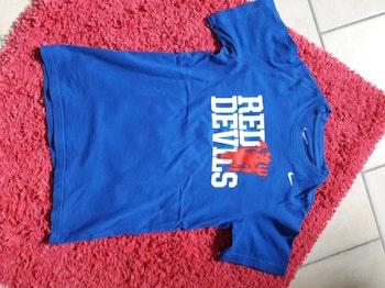T-shirt Nike 10-12 ans