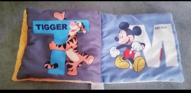 Livre souple 1ère âge Disney