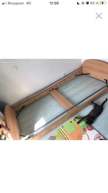 Cadre de lit en bois
