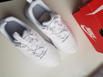 Nike renew 55 white