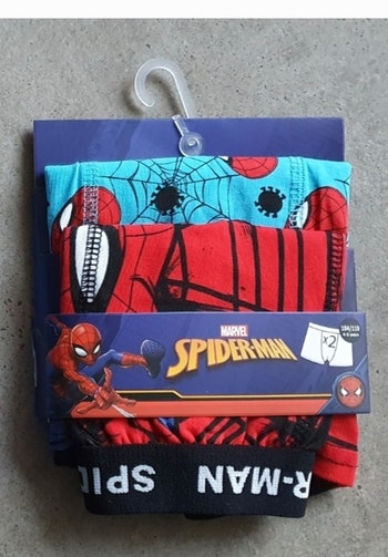 Lot de 2 boxers Spiderman neufs taille 2/3ans 4/5ans 6/7ans
