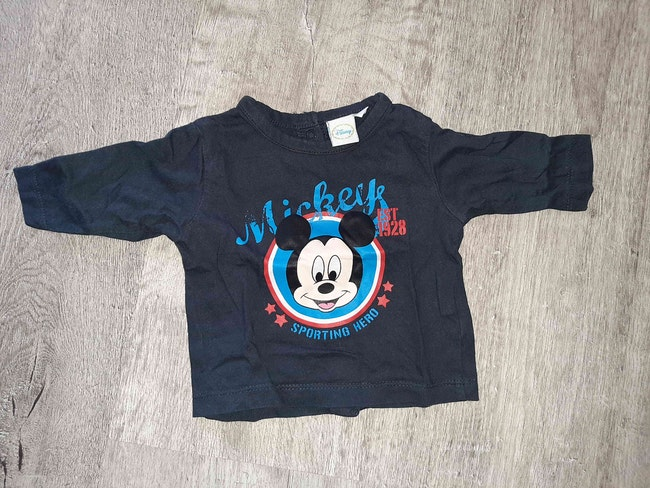 T shirt mickey 1 mois neuf