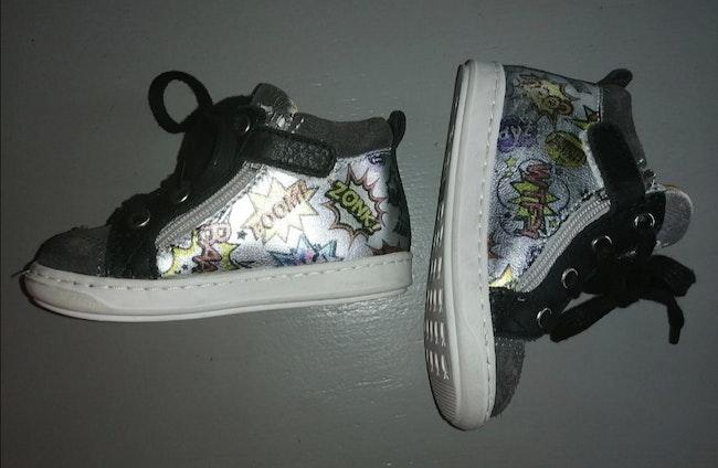Chaussure shoo pom