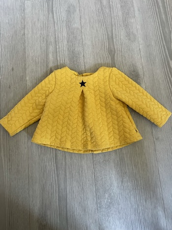 Pull obaibi taille 6 mois