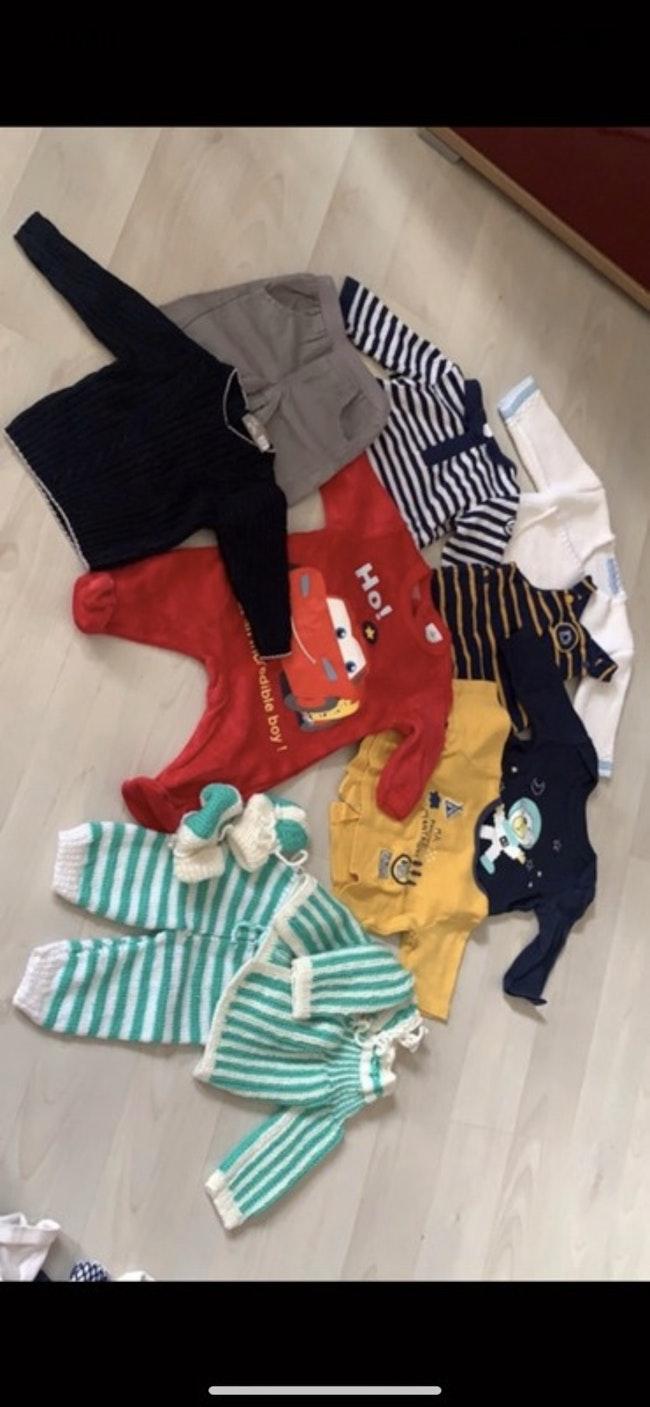 Vêtements 1 mois