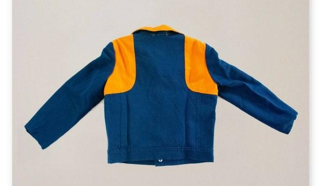 Veste bleu marine et orange /demi-saison / 7 ans