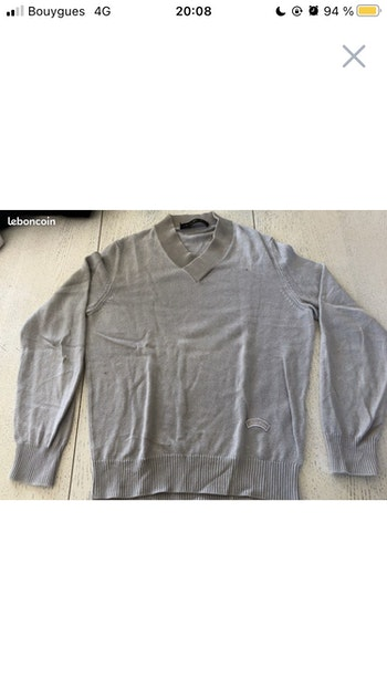 Pull taille S Louis Vuitton