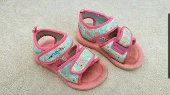 Sandales piscine