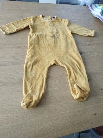 Pijama jaune 12 mois
