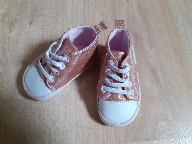 Chaussures bébé fille très bon état Lulu Castagnette