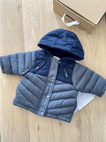 Jolie 🥰 manteau bleu et gris T3mois 60cm vertbaudet