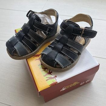 Sandales cuir bleues marines