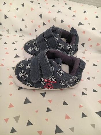 Petite chaussure bébé