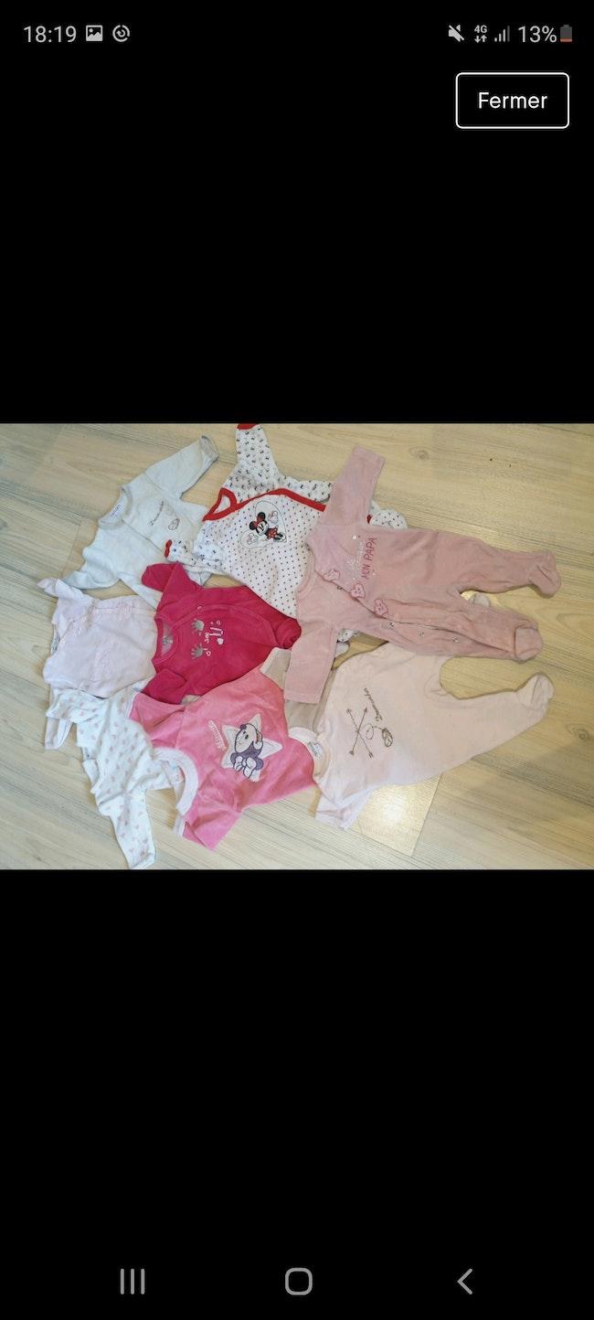 Lot de 8 pyjamas 1 mois