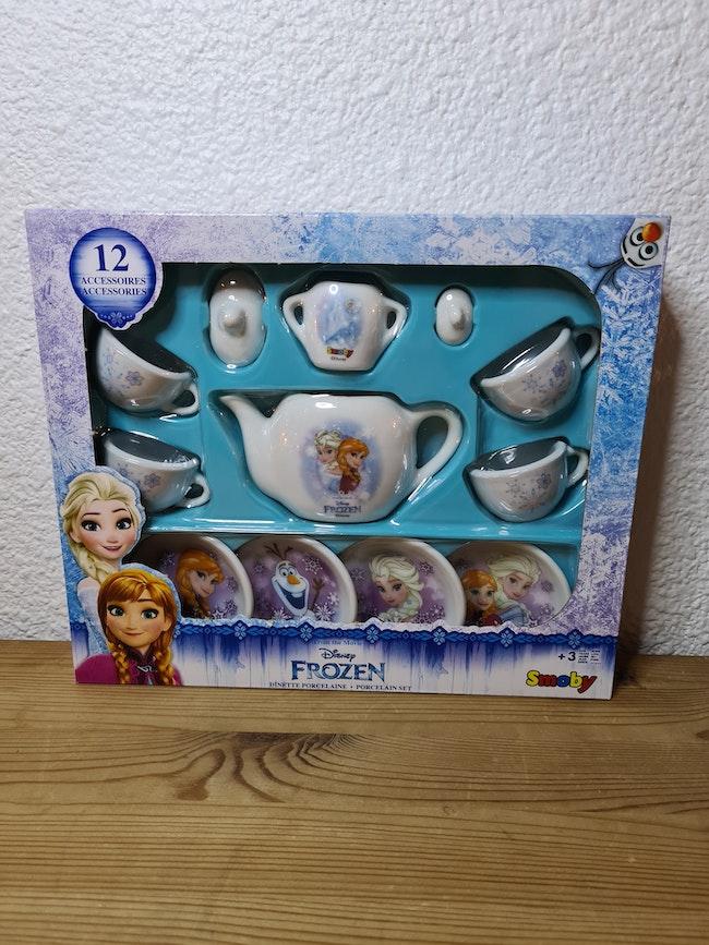 dînette en porcelaine la reine des neiges Disney
