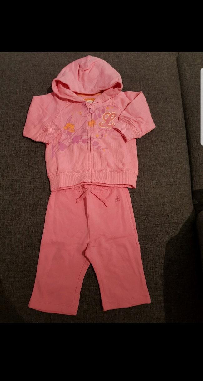 Ensemble 2 pièces (pantalon de jogging + sweat zippé à capuche) bébé fille 2-4 mois